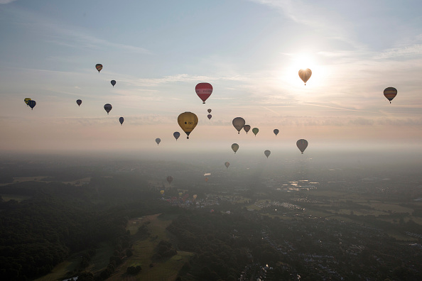 High Angle View「Balloonists Take To The Skies For The Bristol International Balloon Festival」:写真・画像(13)[壁紙.com]