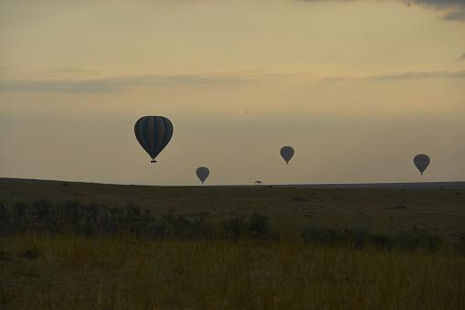 気球「Hot Air Balloon」:スマホ壁紙(14)