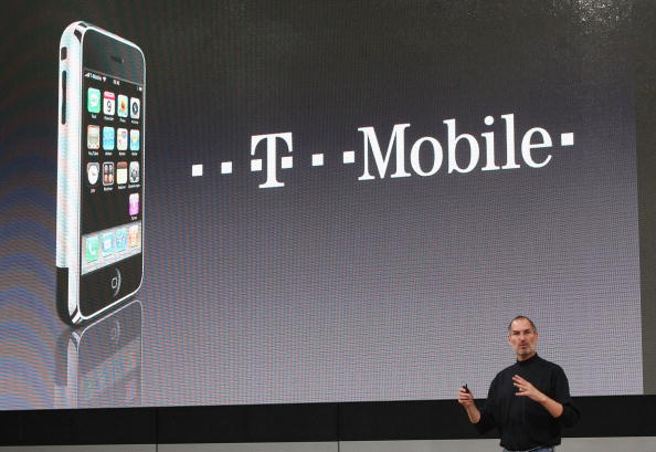 Conference Phone「T-Mobile Gets iPhone Germany Contract」:写真・画像(4)[壁紙.com]