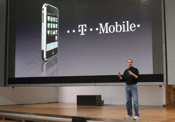Wireless Technology「T-Mobile Gets iPhone Germany Contract」:写真・画像(15)[壁紙.com]