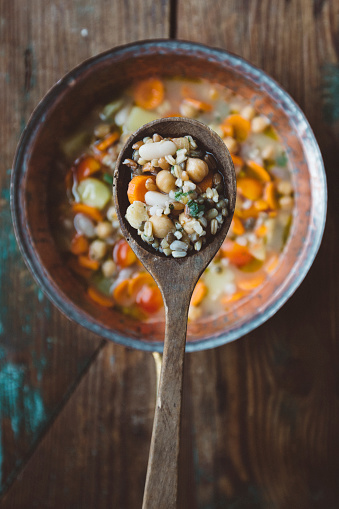 Bean「Spoon and Mediterranean soup」:スマホ壁紙(11)