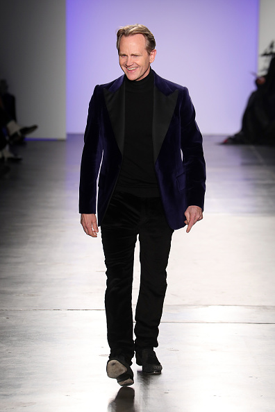 Chelsea Piers「The Blue Jacket Fashion Show At NYFW」:写真・画像(2)[壁紙.com]