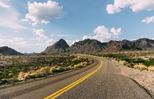 Dividing Line - Road Marking「Historic Route 66」:スマホ壁紙(0)