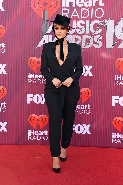 Black Jumpsuit「2019 iHeartRadio Music Awards - Arrivals」:写真・画像(15)[壁紙.com]
