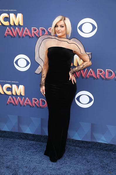 Award「53rd Academy Of Country Music Awards - Arrivals」:写真・画像(19)[壁紙.com]