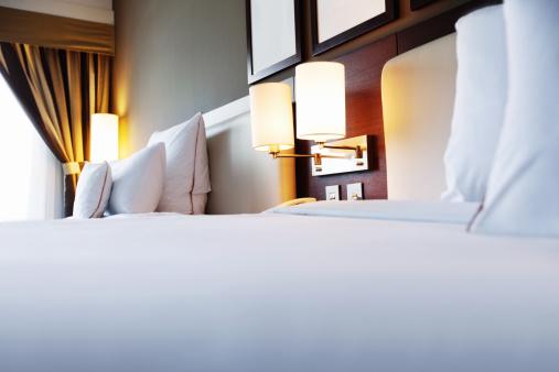 Hotel Room「Modern Bedroom」:スマホ壁紙(9)