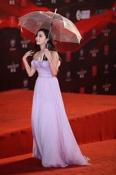 Umbrella「14th Shanghai International Film Festival - Opening Ceremony」:写真・画像(9)[壁紙.com]
