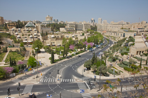 Crosswalk「Vista of street of modern Jerusalem.」:スマホ壁紙(10)