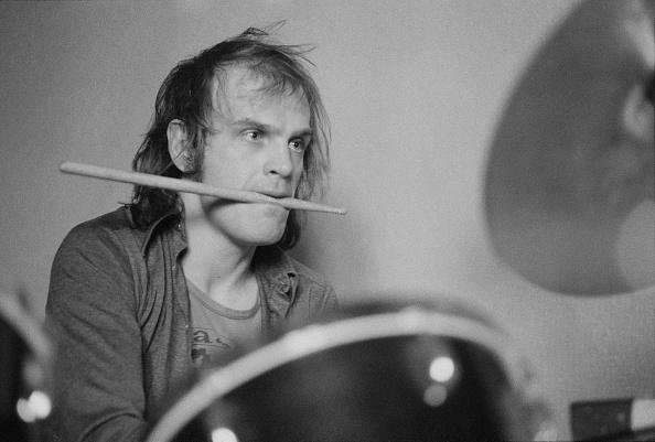 Michael Putland「Van Der Graaf Generator Drummer」:写真・画像(18)[壁紙.com]