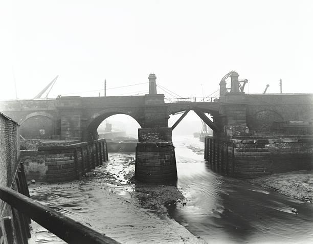 Railway Bridge Across Deptford Creek, London, 1913:ニュース(壁紙.com)