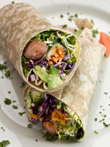 Tortilla - Flatbread「Organic Avocado and vegetables wrap sandwich」:スマホ壁紙(6)