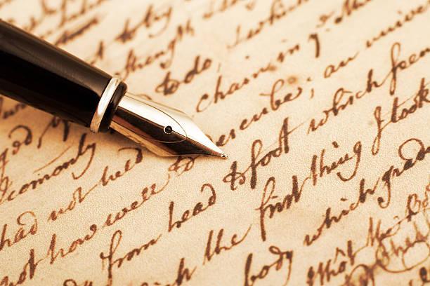 Calligraphy pen and letter closeup photo:スマホ壁紙(壁紙.com)