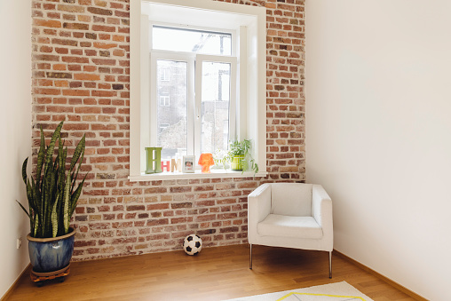 Brick「Room with brick wall in modern building」:スマホ壁紙(12)