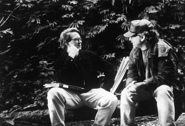 映画監督「Spielberg And Koepp On 'The Lost World:Jurassic Park' Set, 1997.」:写真・画像(11)[壁紙.com]
