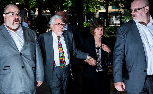 Tristan Fewings「Entertainer Rolf Harris Sentenced After Indecent Assault Trial」:写真・画像(17)[壁紙.com]