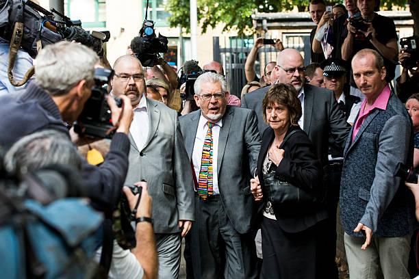 Entertainer Rolf Harris Sentenced After Indecent Assault Trial:ニュース(壁紙.com)