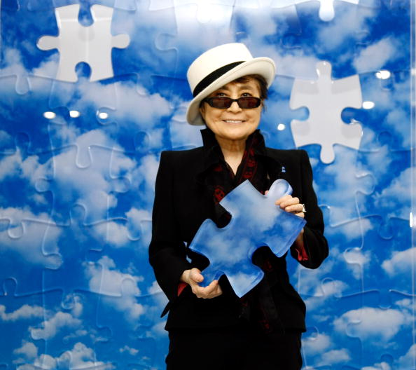 "World Autism Awareness Day「Unveiling of ""Promise Piece"" By Yoko Ono」:写真・画像(5)[壁紙.com]"