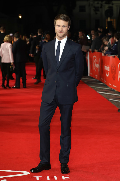 "Hugh Skinner「Amazon Prime Video's ""The Romaoffs"" World Premiere - Red Carpet Arrivals」:写真・画像(0)[壁紙.com]"