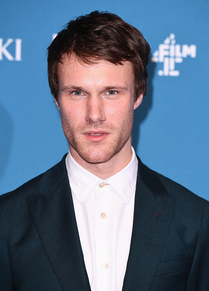 Hugh Skinner「The 21st British Independent Film Awards - Red Carpet Arrivals」:写真・画像(7)[壁紙.com]