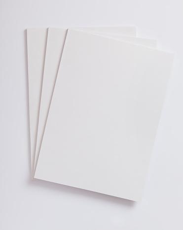 縦位置「ブランク雑誌表紙」:スマホ壁紙(2)