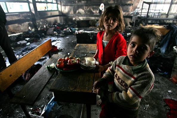 Abid Katib「Israel Gaza Conflict Enters Fourth Week」:写真・画像(5)[壁紙.com]