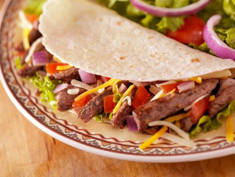 Taco「Soft Beef Taco with a Side Salad」:スマホ壁紙(15)