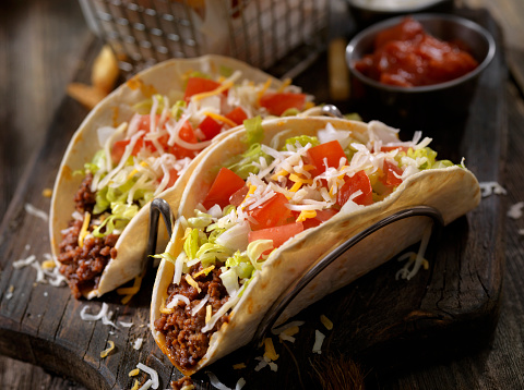 Tortilla - Flatbread「Soft Beef Tacos with Fries」:スマホ壁紙(0)