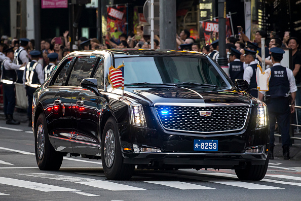 Motorcade「U.S. President Trump Makes State Visit To Japan」:写真・画像(2)[壁紙.com]