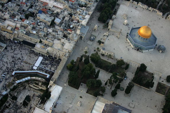 Town Square「Aerial Views Of Jerusalem?s Old City」:写真・画像(19)[壁紙.com]