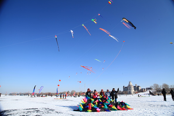 """Octopus「The Second """"Lianhuan Lake Cup"""" Kite Competition Held In Daqing」:写真・画像(12)[壁紙.com]"""