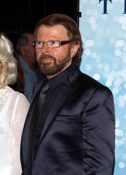 "Bjorn Ulvaeus「Premiere Of ""Mamma Mia!"" - Inside Arrivals」:写真・画像(16)[壁紙.com]"