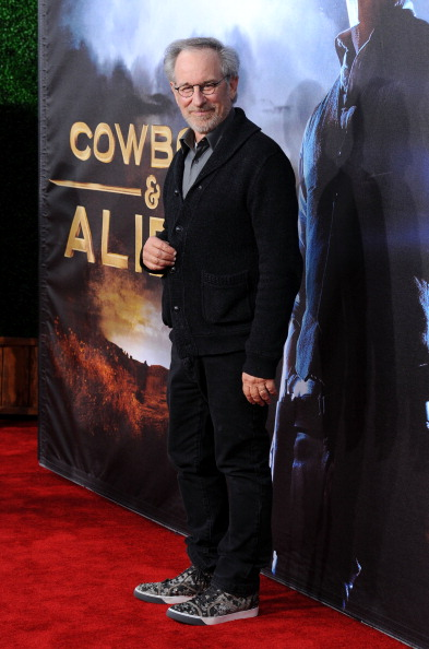 "Cowboys & Aliens「Premiere Of Universal Pictures ""Cowboys & Aliens"" - Arrivals」:写真・画像(17)[壁紙.com]"