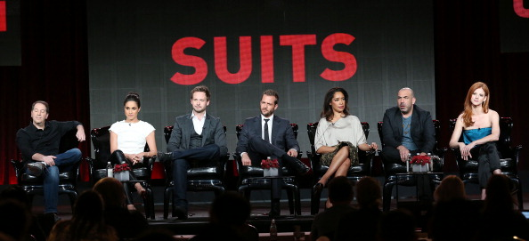 Suit「2014 Winter TCA Tour - Day 10」:写真・画像(0)[壁紙.com]