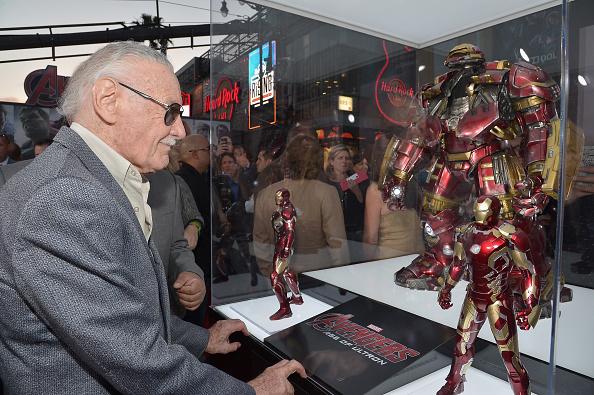 "Awe「World Premiere Of Marvel's ""Avengers: Age Of Ultron"" - Red Carpet」:写真・画像(6)[壁紙.com]"
