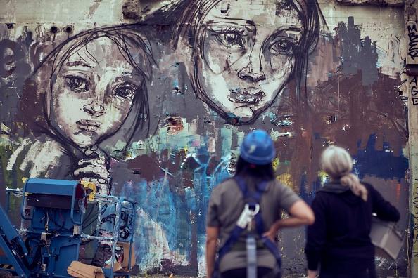 Adam Pretty「Hands Off The Wall - Female Street Art Festival」:写真・画像(11)[壁紙.com]