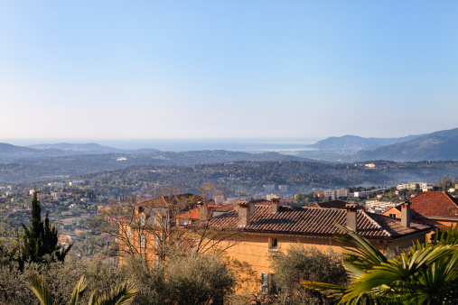 Grasse「Spring Morning in Grasse, looking down towards Cannes, France」:スマホ壁紙(9)