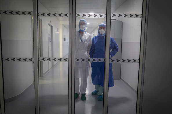 Protective Workwear「France's Grand Est Region Becomes Epicenter Of Country's Coronavirus Outbreak」:写真・画像(10)[壁紙.com]