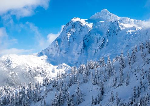 Cascade Range「Scenic shot of Mount Shuksan in the winter.」:スマホ壁紙(13)