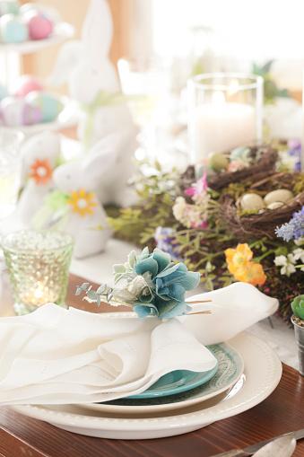 Easter Bunny「Easter Dining」:スマホ壁紙(18)