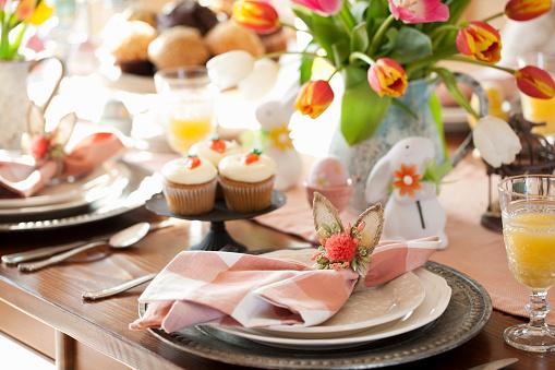 Easter「Easter Dining」:スマホ壁紙(0)