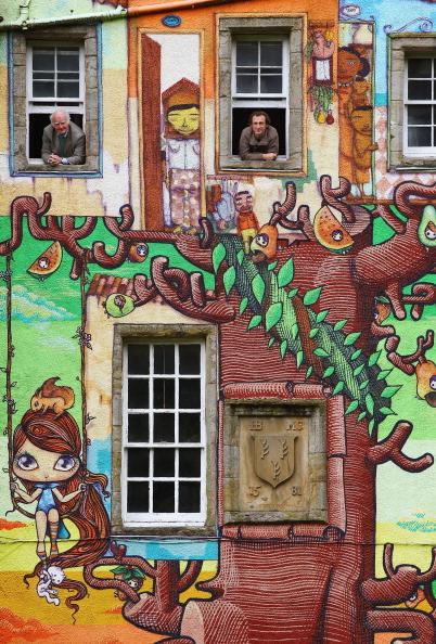 Glasgow - Scotland「The Earl Of Glasgow Seeks Approval For Graffiti At Kelburn Castle」:写真・画像(1)[壁紙.com]