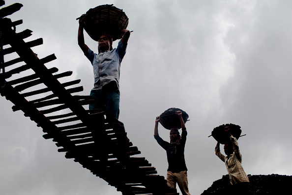 Construction Industry「Promise Of Coal Riches Lures Workers To Indias Wild East」:写真・画像(3)[壁紙.com]