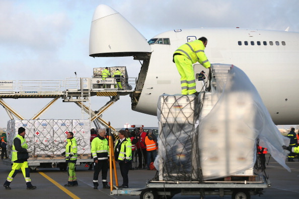 Cargo Container「Germany Sends Aid To The Philippines」:写真・画像(8)[壁紙.com]