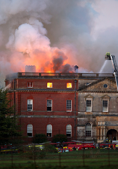 Architectural Feature「Large Fire At Clandon Park House In Surrey」:写真・画像(13)[壁紙.com]