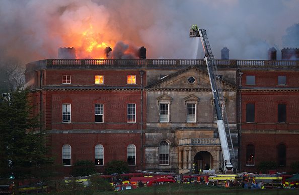Architectural Feature「Large Fire At Clandon Park House In Surrey」:写真・画像(12)[壁紙.com]
