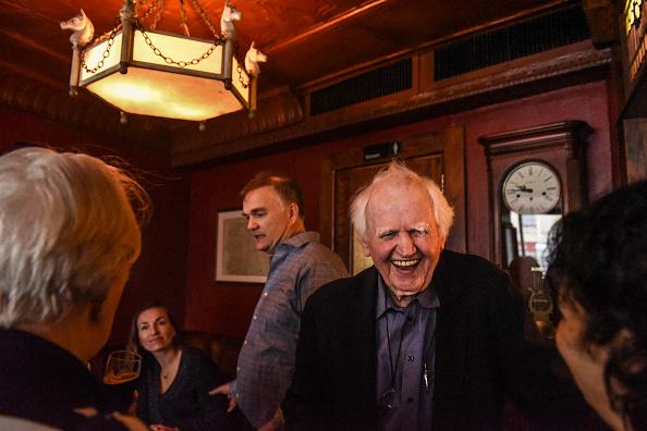 歴史「Protest Held At Iconic Greenwich Village Bar, The White Horse Tavern, Over Its Change Of Ownership」:写真・画像(13)[壁紙.com]