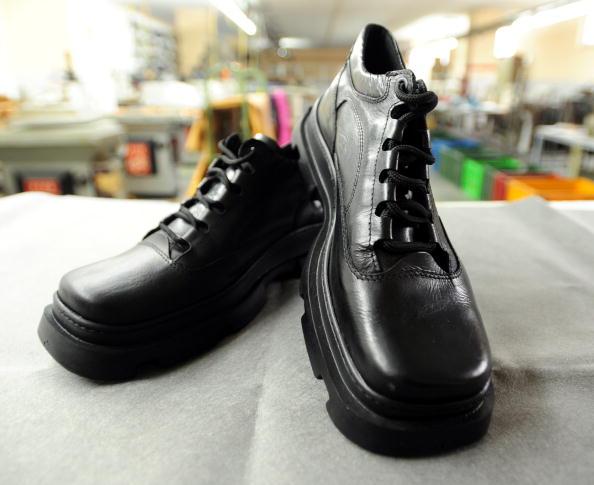 New「Bush Shoe Incident Sparks Sales Boom For Manufacturer」:写真・画像(7)[壁紙.com]