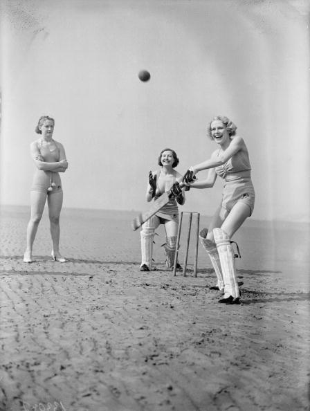 Nick Yapp「Holiday Cricketers」:写真・画像(19)[壁紙.com]
