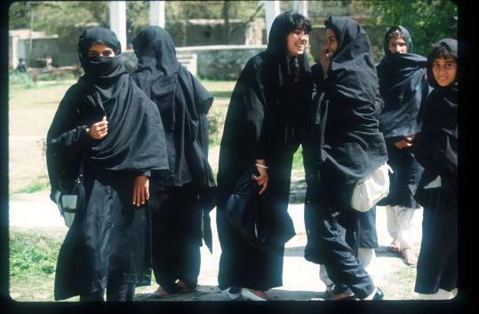 Taliban「Women And Islam In Afghanistan」:写真・画像(9)[壁紙.com]