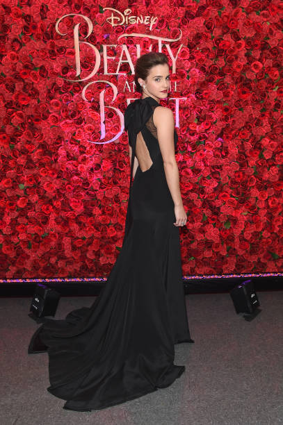 Emma Watson, Dan Stevens, Kevin Kline, Josh Gad, Audra McDonald, Stanley Tucci, Ian McKellen, Bill Condon And Alan Menken  Arrive At Alice Tully Hall For The New York Special Screening Of Disney's Live-Action Adaptation 'Beauty And The Beast':ニュース(壁紙.com)